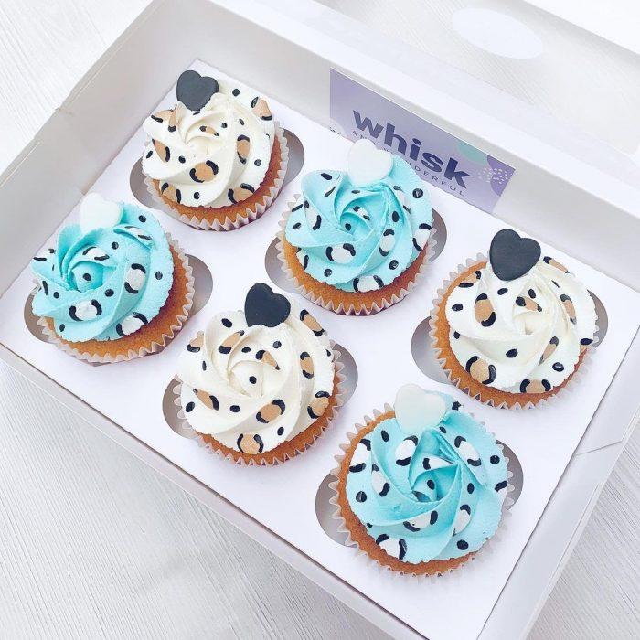 whiskandwonderful Leopard Print Buttercream Cupcakes