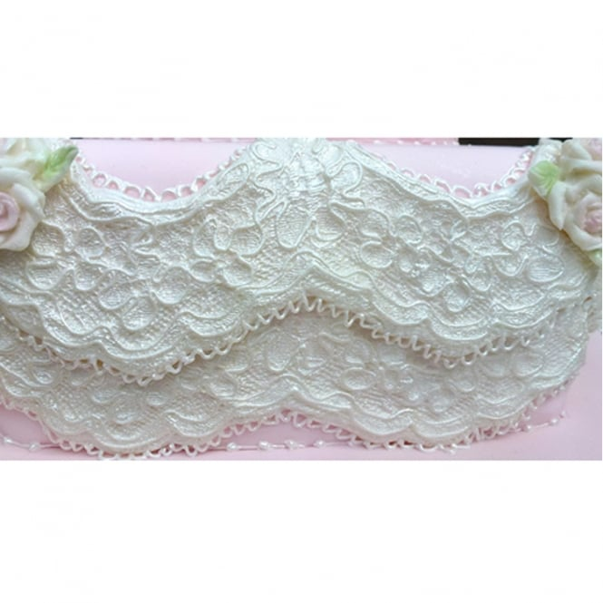 Karen Davies Alice Vintage Lace Border Mould