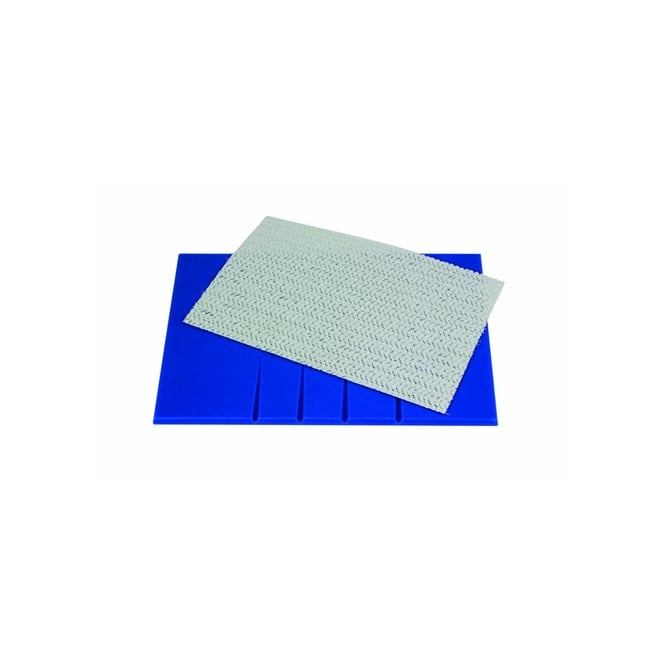 PME Leaf Veining Board With Non Stick Mat 25cm x 17cm