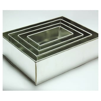 Set Of 4 Tier Rectangle Sheet Baking Tins